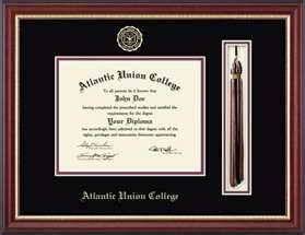 diplomas with aceesories